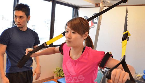 TRXで胸と体幹のトレーニング